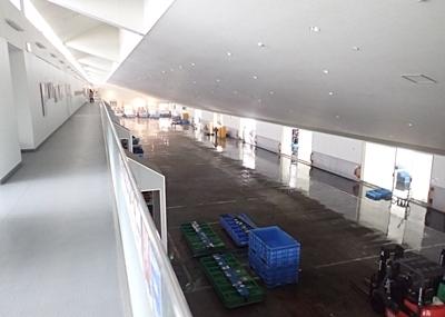 151102 沼津港 魚市場2階.JPG