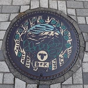 190825 小諸市zoo93_軽井沢0817o (32)マンホール.JPG