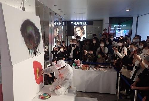 201101金魚愛四季51_1018o (50)ライブペインティング.JPG