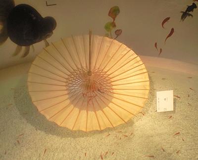 130825 サンシャイン金魚展雫.JPG